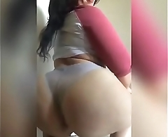Twerk in lace thong