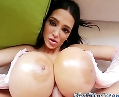 Hugetit MILF gives titjob in amazing pov