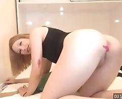 Gostosinha na masturba&ccedil_&atilde_o na webcam