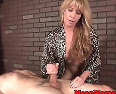 Mature masseuse withholds her clients oragsm