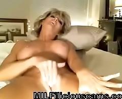 Stunning Mom Rubs Clit On Cam - MILFiliciouscams.com