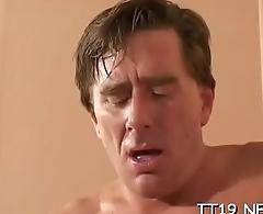 Large ass hottie rides wildy