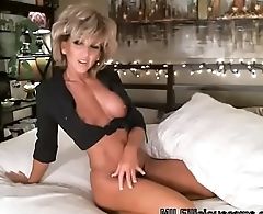 gorgeous blonde milf masturbating on cam - MILFiliciouscams.com