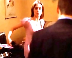 Jennifer Love Hewitt sexy cleavage downblouse, Party of Five S04E08 (no sound)