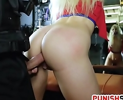 Officer Get Down With Offender Slutbag Cunt Making Her Scream
