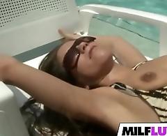 Sex With Sexy MILF Jennifer Lynn