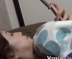 Japanese teen saw rubbing