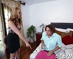 A stepmom bonks a man