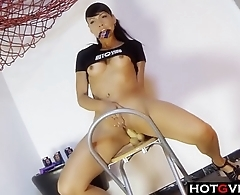 Milf SQUIRTING like Crazy Latina Hottie