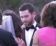 histoire cuckold d'_une mariee sexy ! Videos-cuckold.com